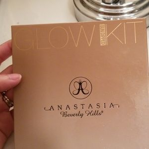 ABH GLOW KIT Sun Dipped highlights